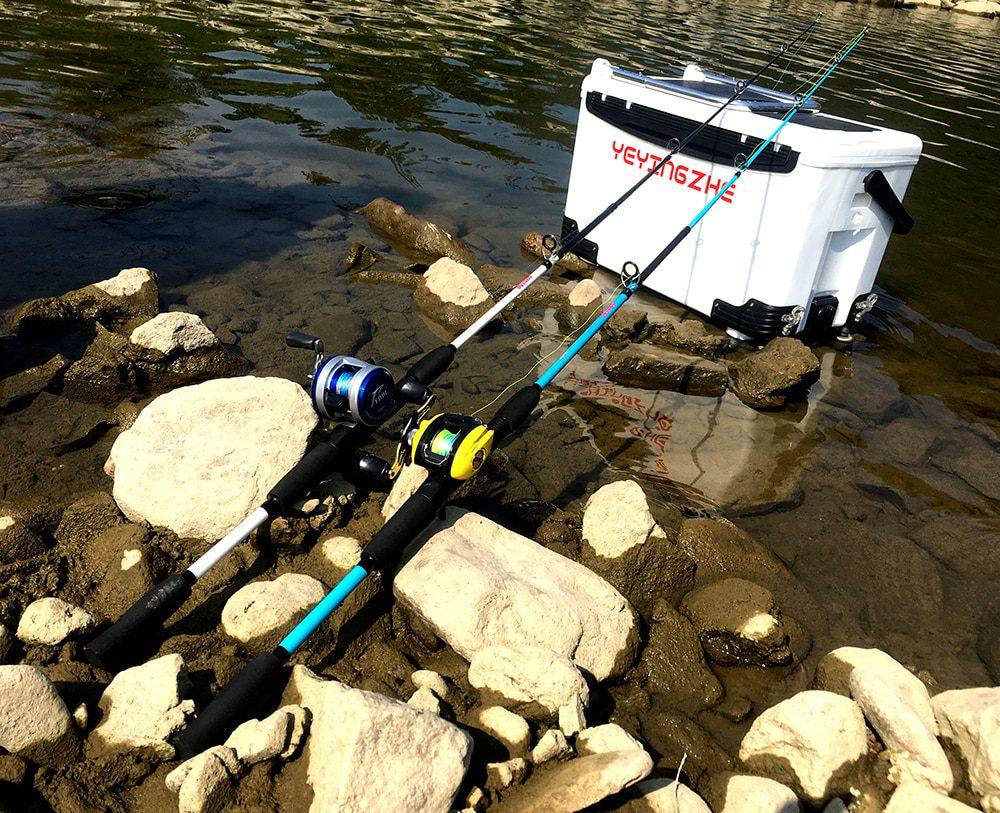Carbon Fiber and Fiberglass Fishing Rod